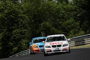 #705 BMW 325i: Emir Asari, Moran Gott