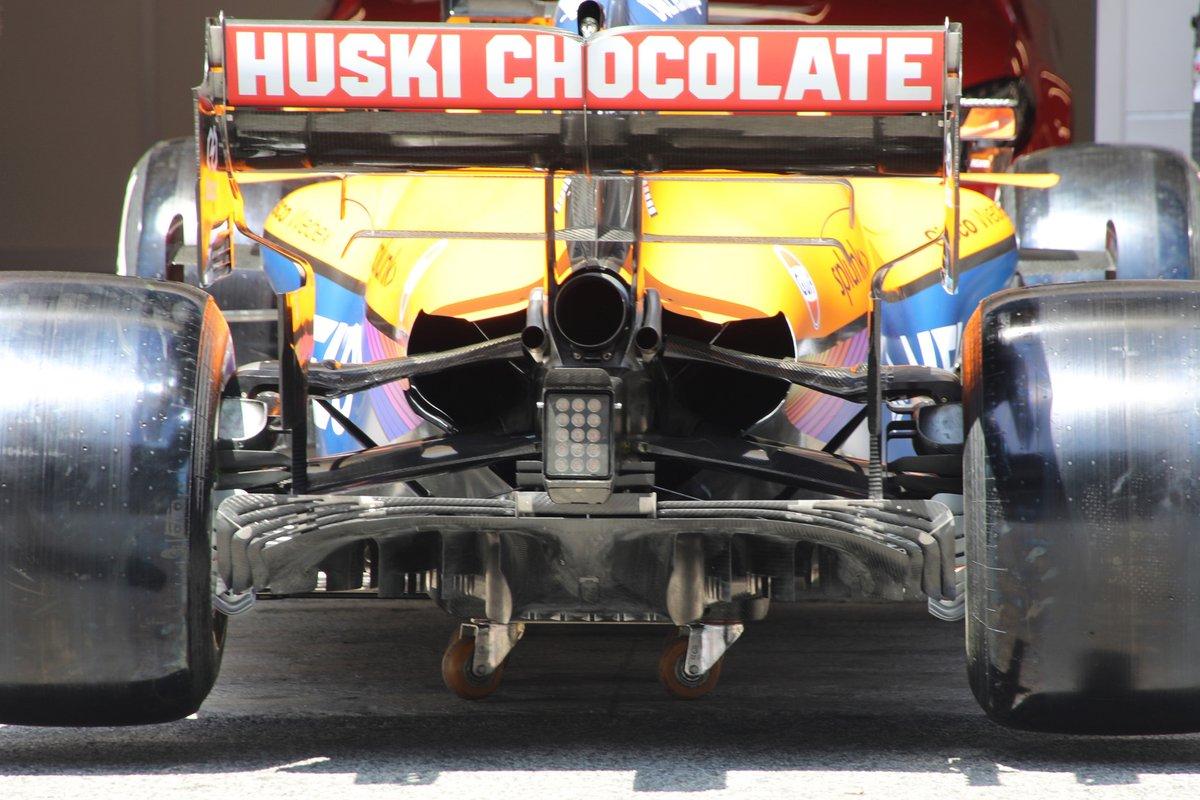 Задняя часть McLaren MCL35M