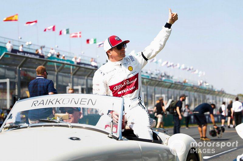 Kimi Raikkonen, Alfa Romeo Racing, in the drivers parade