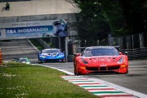 Ferrari 488 GT3, HB Racing