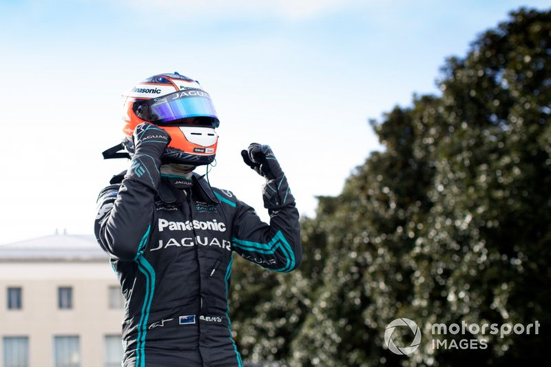 Mitch Evans, Panasonic Jaguar Racing, celebra