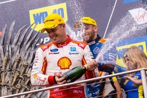 Podium: race winner Scott McLaughlin, DJR Team Penske Ford, third place Andre Heimgartner, Kelly Racing Nissan