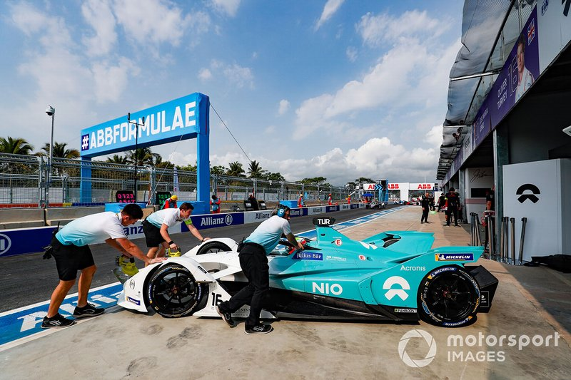 Oliver Turvey, NIO Formula E Team, NIO Sport 004, is pushed into the garage.