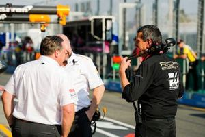 Zak Brown, McLaren Executive Director, talks to Guenther Steiner, Team Principal, Haas F1