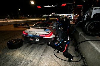 #25 BMW Team RLL BMW M8 GTE, GTLM: Tom Blomqvist, Connor De Phillippi, Colton Herta pit stop