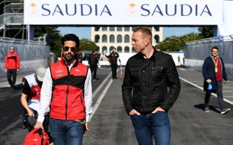 Lucas Di Grassi, Audi Sport ABT Schaeffler, with Olympic gold medalist Sir Chris Hoy on a track walk