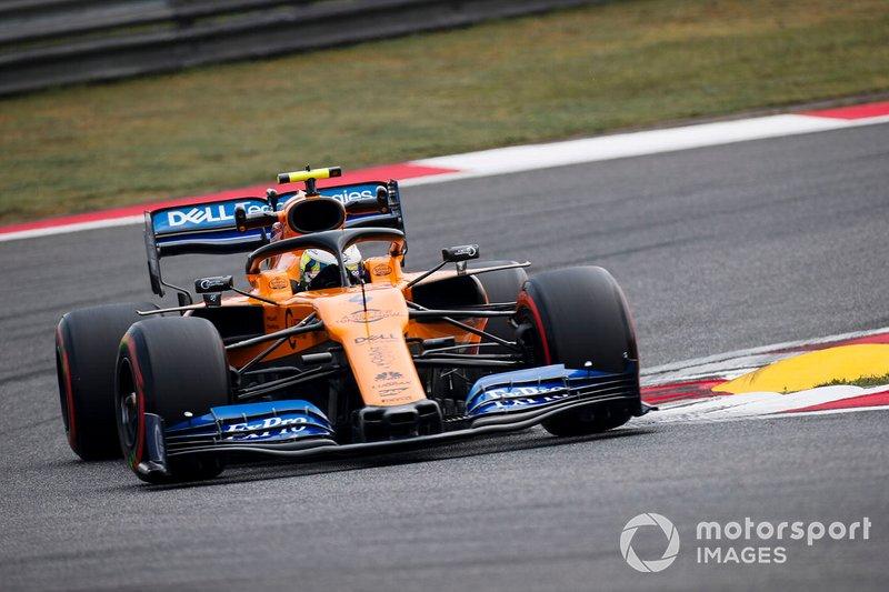 15. Ландо Норрис, McLaren MCL34, 1:33.967