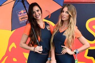 Azafatas Red Bull KTM Factory