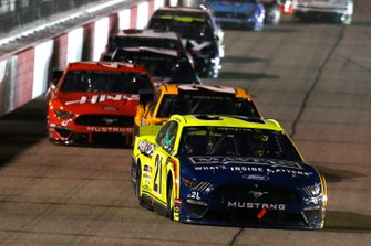 Paul Menard, Wood Brothers Racing, Ford Mustang Menards / Maytag, Erik Jones, Joe Gibbs Racing, Toyota Camry DeWalt