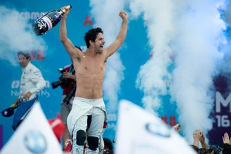 Race winner Lucas Di Grassi, Audi Sport ABT Schaeffler celebrates on the podium