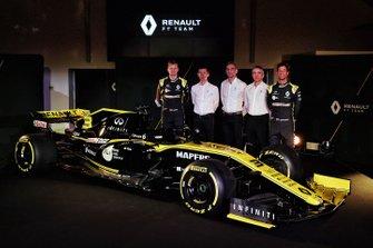 Daniel Ricciardo, Renault Sport F1 Team, Nico Hulkenberg, Renault Sport F1 Team, Cyril Abiteboul, directeur général, Nick Chester, directeur technique, Remi Taffin, directeur des opérations piste