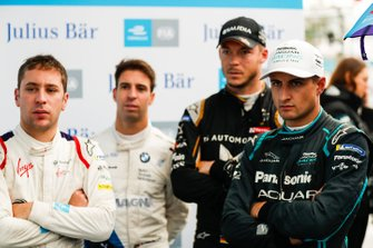 Robin Frijns, Envision Virgin Racing, Antonio Felix da Costa, BMW I Andretti Motorsports, Andre Lotterer, DS TECHEETAH, Mitch Evans, Panasonic Jaguar Racing watch the qualifying groups