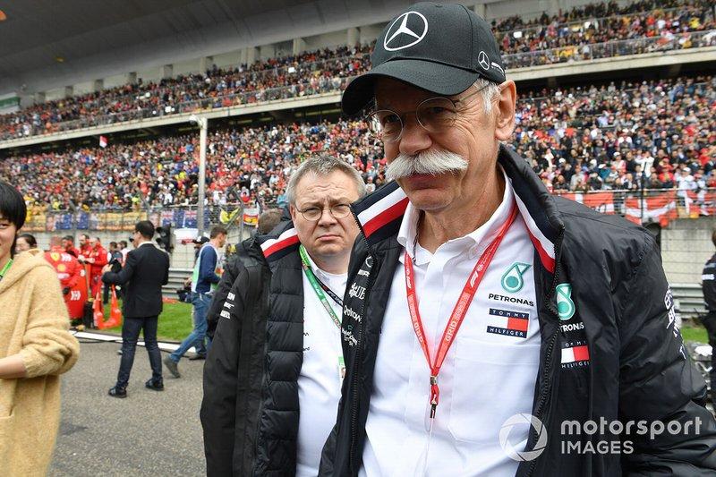 3. Dr. Dieter Zetsche: Bár már nem Zetsche a Daimler-csoport elnöke, így is a harmadik legbefolyásosabb embere a sorozatnak. A Daimler birtokolja a Mercedes csapatát.