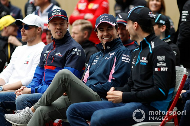 Daniil Kvyat, Toro Rosso, Sergio Perez, Racing Point, y Robert Kubica, Williams Racing