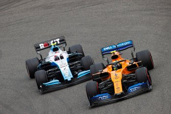 Lando Norris, McLaren MCL34, Robert Kubica, Williams FW42