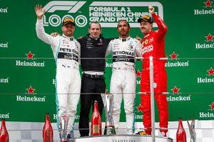 Podium: race winner Lewis Hamilton, Mercedes AMG F1, second place Valtteri Bottas, Mercedes AMG F1 and third place Sebastian Vettel, Ferrari celebrate on the podium