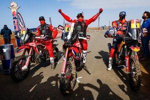#47 Monster Energy Honda Team: Kevin Benavides, #1 Monster Energy Honda Team: Ricky Brabec, #5 Red Bull KTM Factory Racing: Sam Sunderland