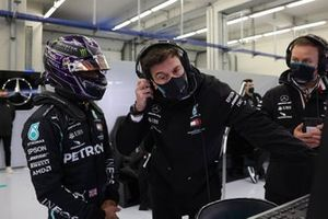 Lewis Hamilton, Mercedes-AMG F1, with Toto Wolff, Executive Director (Business), Mercedes AMG