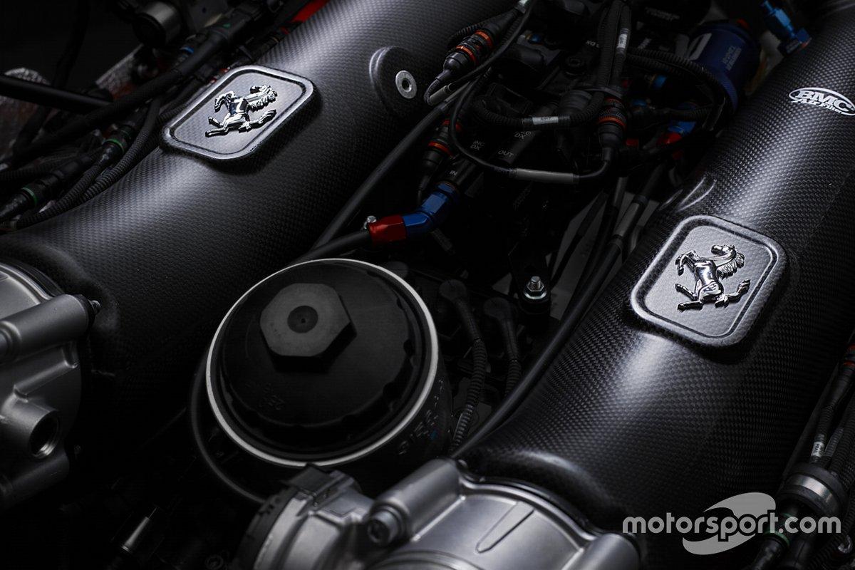 Il motore della Ferrari 488 GT Modificata