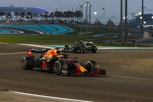 Max Verstappen, Red Bull Racing RB16, Valtteri Bottas, Mercedes F1 W11, and Lewis Hamilton, Mercedes F1 W11