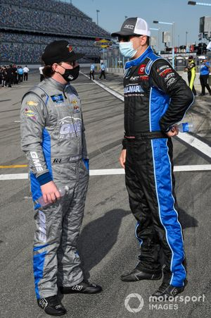 Sheldon Creed, GMS Racing, Chevrolet Silverado I.B.E.W, Stewart Friesen, Halmar Friesen Racing, Toyota Tundra Halmar International