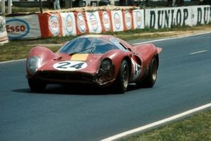Willy Mairesse, Jean Beurlys, Ferrari 330 P4
