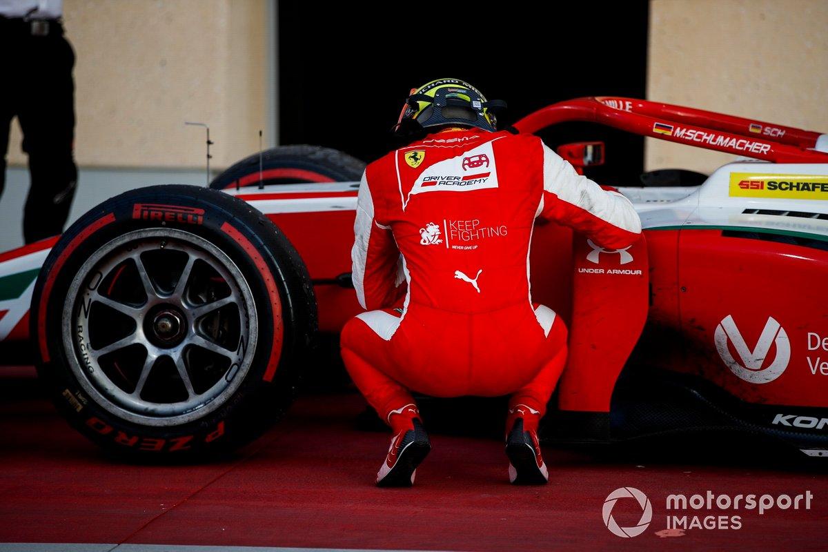 El campeón de F2 Mick Schumacher, Prema Racing celebra en Parc Ferme