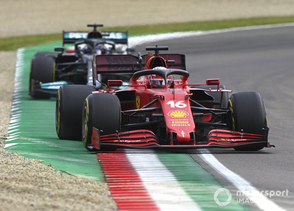 Charles Leclerc, Ferrari SF21, Lewis Hamilton, Mercedes W12