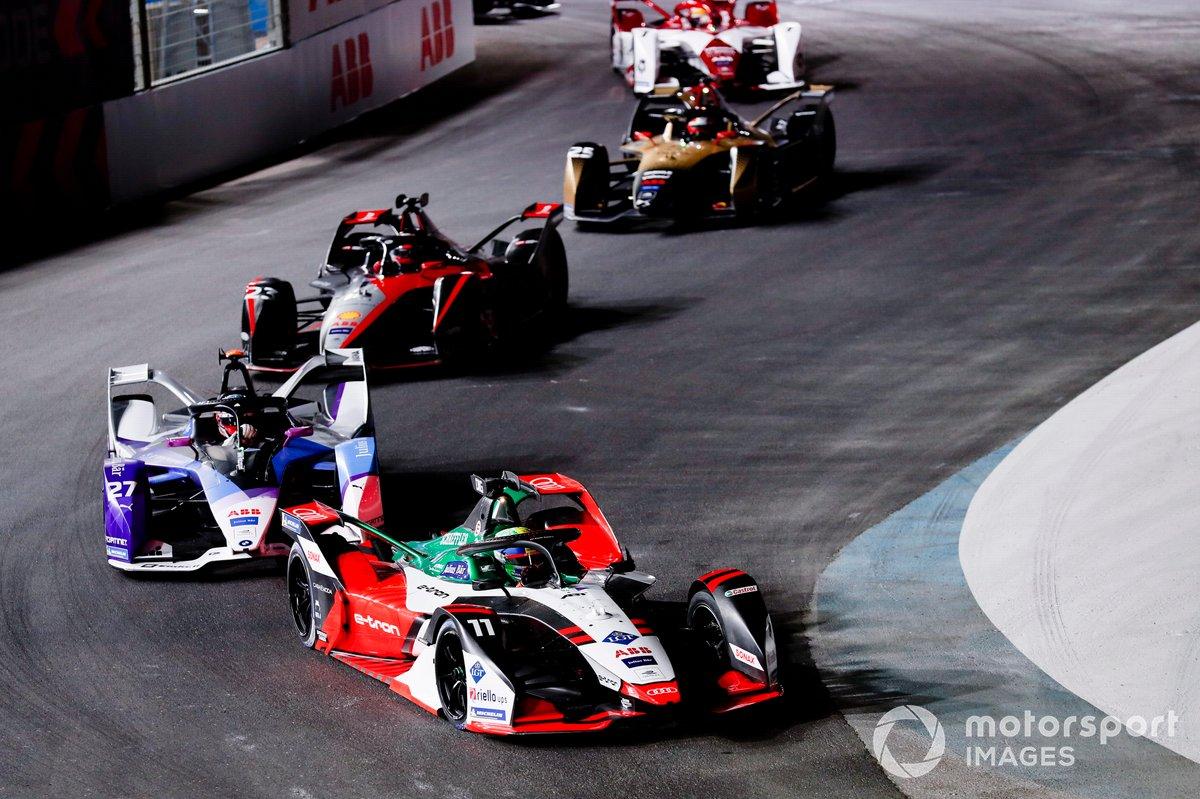 Lucas Di Grassi, Audi Sport ABT Schaeffler, Audi e-tron FE07, Jake Dennis, BMW I Andretti Motorsport, BMW iFE.21