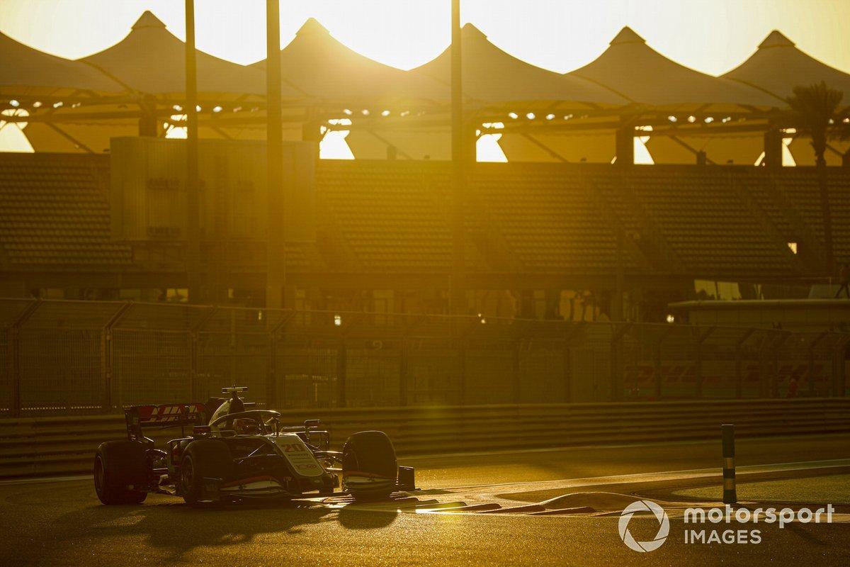 Kevin Magnussen, Haas VF-20
