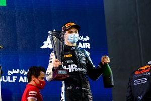 Oscar Piastri, Prema Racing, 1st position, with his trophy