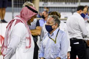 El Príncipe Khalid Bin Sultan Al Faisal, presidente de la Federación de Automovilismo de Arabia Saudita, con Jean Todt, Presidente de la FIA