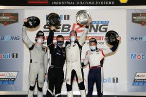 #52 PR1 Mathiasen Motorsports ORECA LMP2 07, LMP2: Patrick Kelly, Simon Trummer, Scott Huffaker
