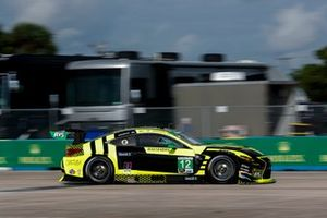 #12 AIM Vasser Sullivan Lexus RC-F GT3, GTD: Frankie Montecalvo, Townsend Bell, Michael De Quesada