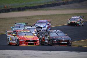 Anton De Pasquale, Erebus Motorsport Holden, Fabian Coulthard, DJR Team Penske Ford