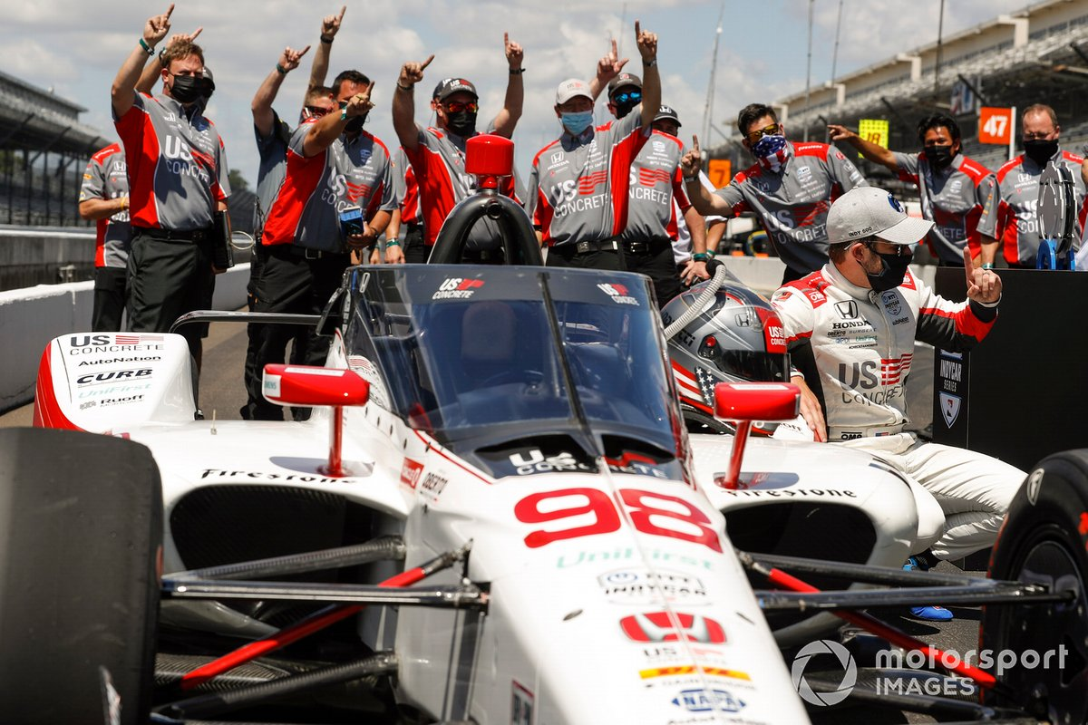 Marco Andretti, Andretti Herta with Marco & Curb-Agajanian Honda, celebra la pole position