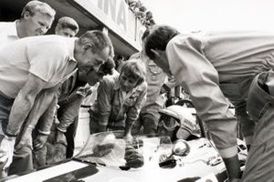 Jack Brabham, Brabham BT26-Ford, Ron Tauranac y Ron Dennis