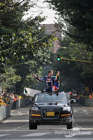 David Coulthard, Red Bull RB1, Circuito Bogotá