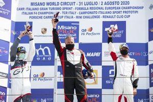 Podio: Carlo Scarpellini, Tsunami RT, Stefano Bianconi e Diego Mercurio, Ghinzani Arco Motorsport e Massimiliano Donzelli, GDL Racing