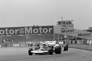 Rolf Stommelen, Surtees TS7 Ford, Chris Amon, Matra MS120B, GP di Gran Bretagna del 1971