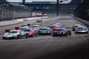 Ferrari Challenge North America, la partenza di gara 1
