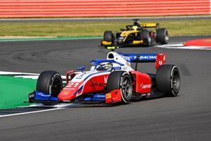 Robert Shwartzman, Prema Racing, leads Guanyu Zhou, UNI-Virtuosi