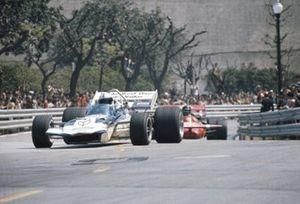 John Surtees, Surtees TS9 Ford, Andrea de Adamich, March 711 Alfa Romeo