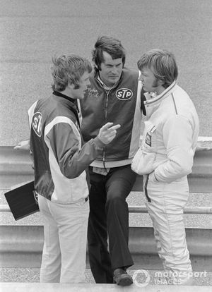 March director Max Mosley, March designer Robin Herd, Ronnie Peterson, March 711 Ford