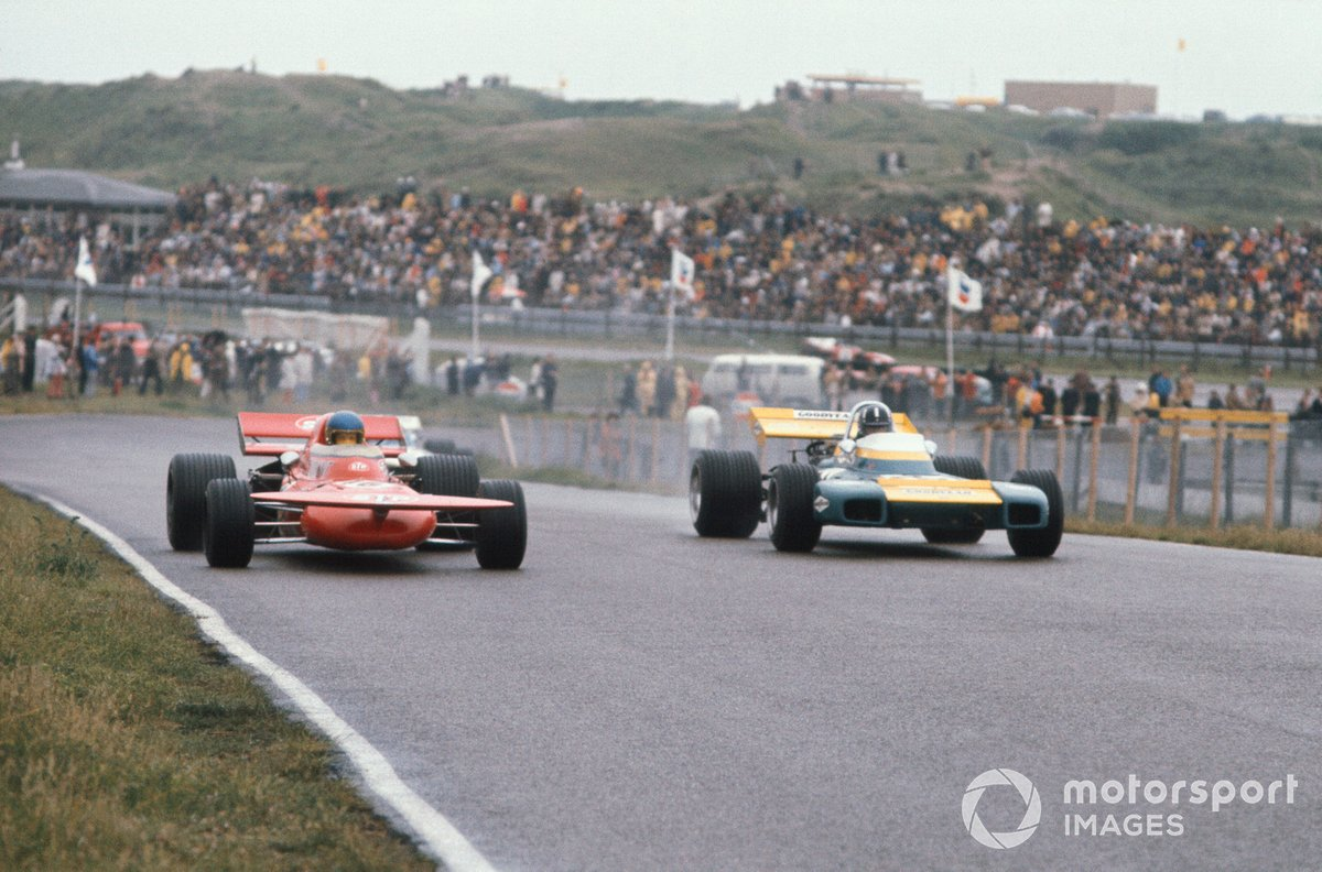 Ronnie Peterson, March 711 Ford, Graham Hill, Brabham BT34 Ford