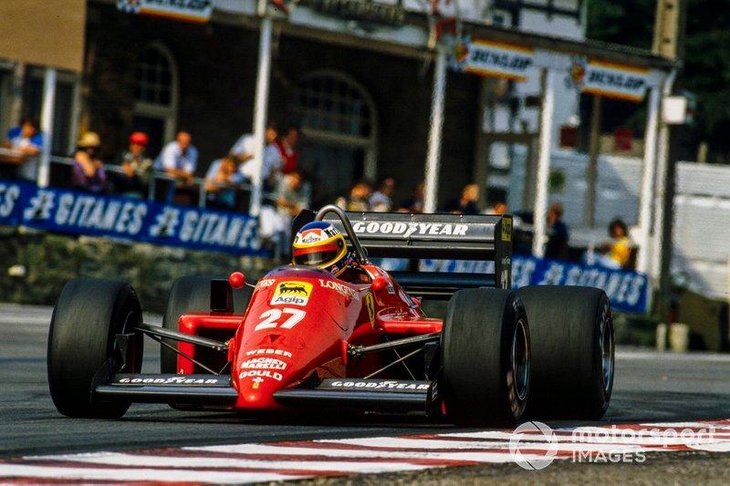 Первая же тренировка подтвердила, что новый асфальт и впрямь позволяет ехать гораздо быстрее. Микеле Альборето из Ferrari, ставший лучшим, скинул со времени поула 1983 года восемь (!) секунд