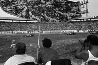 Jochen Rindt, Lotus 72C Ford leads Jacky Ickx, Ferrari 312B and Clay Regazzoni, Ferrari 312B