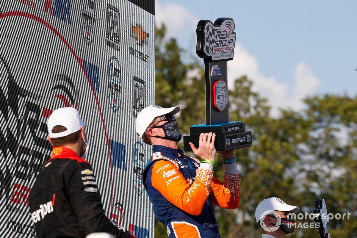 Will Power, Team Penske Chevrolet, Scott Dixon, Chip Ganassi Racing Honda, Alex Palou, Dale Coyne Racing with Team Goh Honda, podium