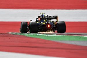 Sparks fly from Esteban Ocon, Renault F1 Team R.S.20
