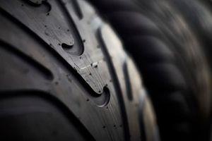 Un pneu pluie Pirelli
